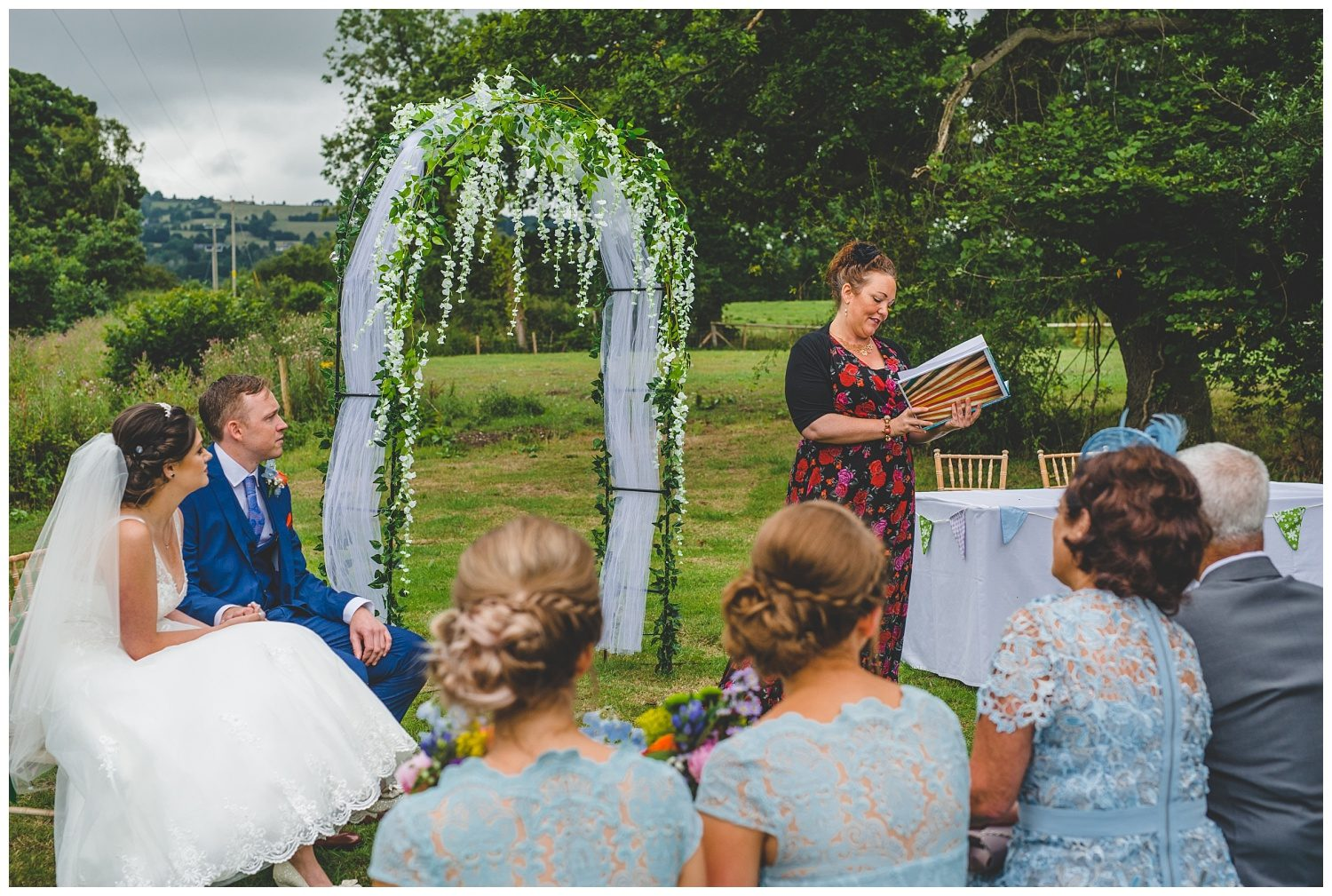 outdoor wedding at Clawdd Offa Farm