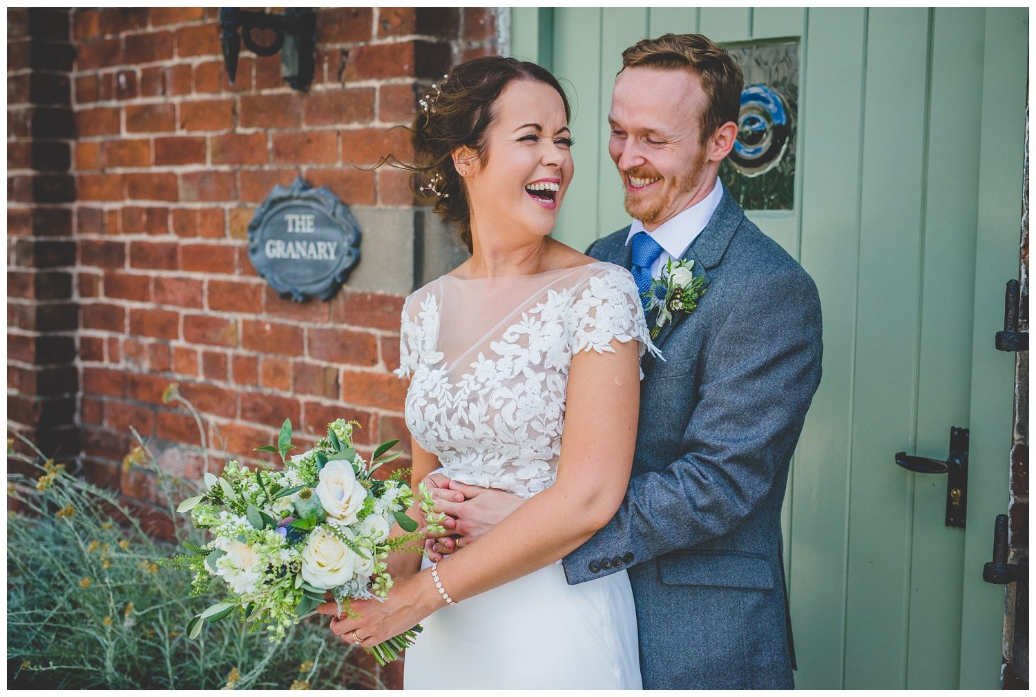 Relaxed wedding photography at Sandhole Oak Barn